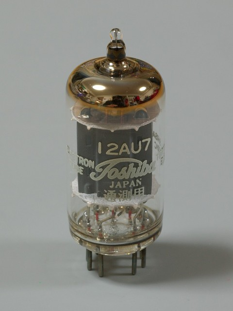 12AU7(Toshiba)-1.jpg